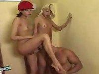 Alexia and Luana peeing on a guy
