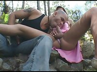 Shemale Penetrating A Man In The Park