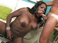 Black puffy tranny sucks dick & gets facial