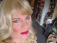 TV CD Sissy Blowing a Daddy with Facial Pics FionaFucked