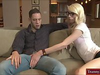 Nerd shemale Holly Parker screwed in ass