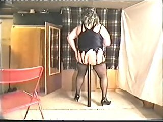 Fat Crossdresser Stretches Ass With Various Objects