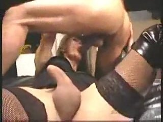 Amateur hardcore with a hot tranny in black stockings
