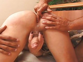 Hard Screwing With A Kinky Tranny