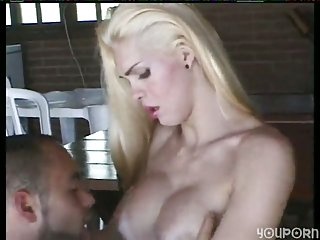 Interracial Threeway Pounding With A TS