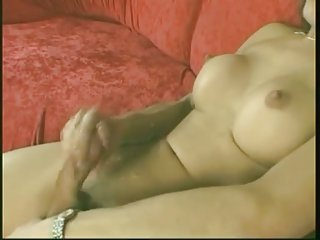 Trannies Wanking & Cumming Slideshow