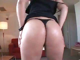 Titty tranny likes blowjob