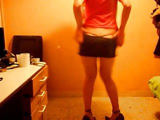Spanish crossdresser dancing