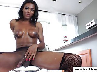 Ebony shemale blows her sticky load