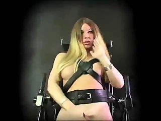 Kinky shemale cums