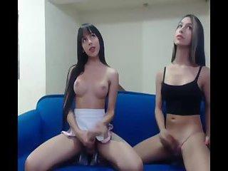 Webcam Sara Salazar and friend