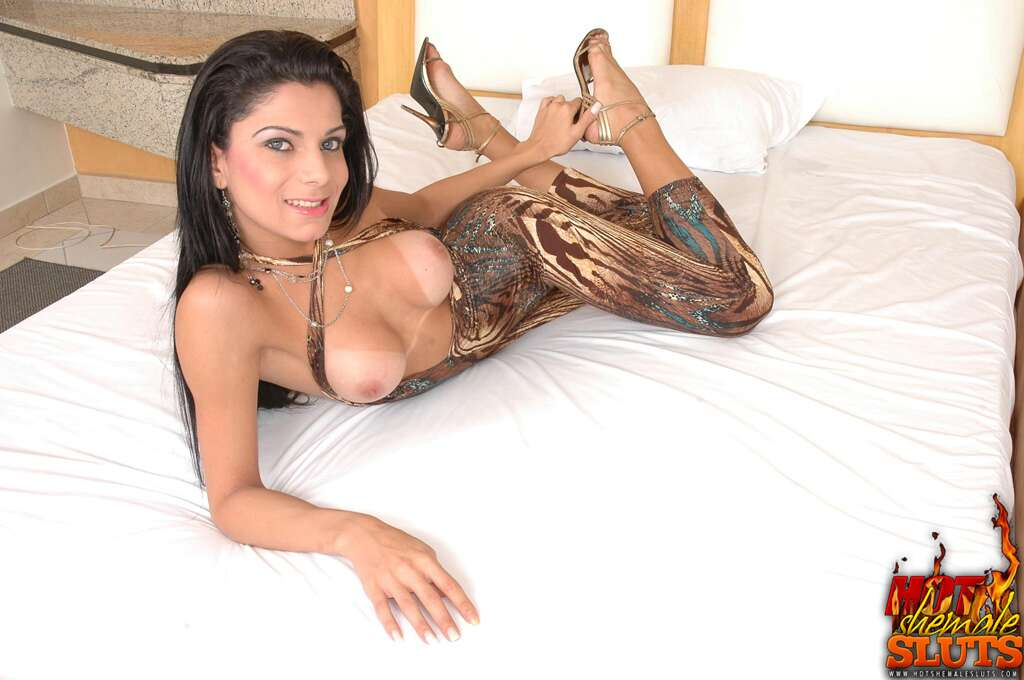 Ozell recommend Passable transsexual